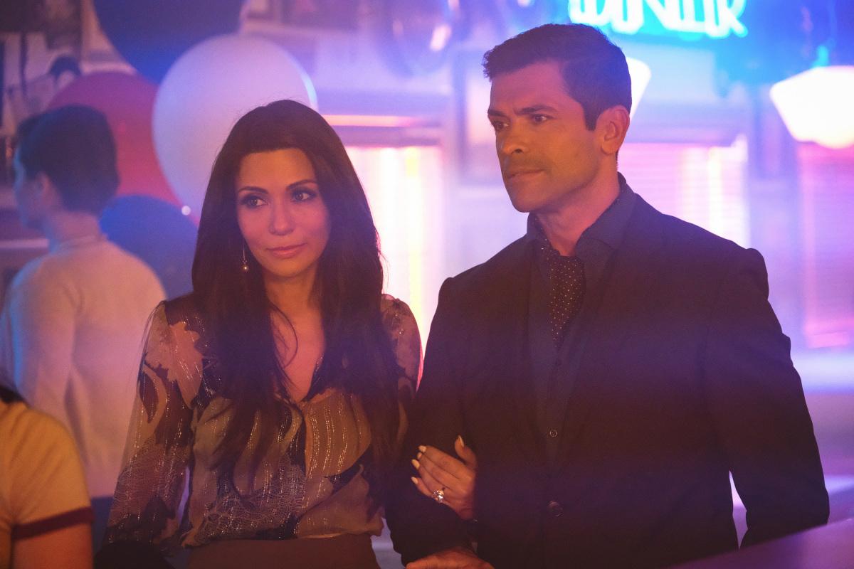 Riverdale' Season 2 Episode 2: 'Nighthawks' Recap & Review
